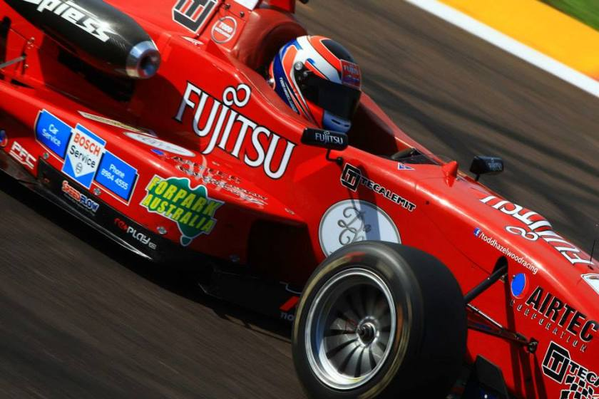 Todd Hazelwood in the Fujitsu Racing F304. Photo by Dirk Klynsmith